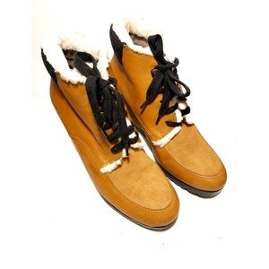 """EUC Cole Haan """"Henson"""" Ankle Boots"""